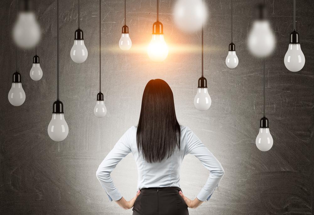 なぜ、変わるために「気づき」が大事か?それは、  「間違った固定観念」  「間違った思い込み」  「間違った常識」  こういったものが刷り込まれているからです。新しい視点をどんどん手に入れていきましょう!!