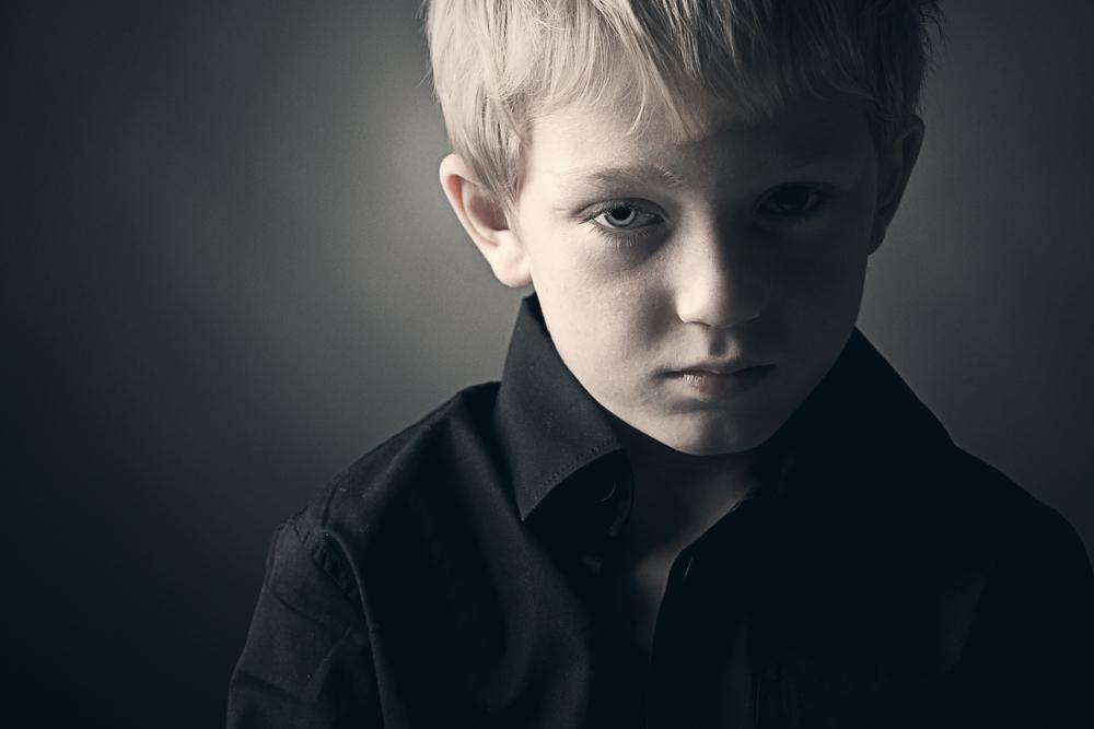 親とのことで僕が悲しかったことの1つ。「特別な自分」にならなければお前の存在価値は無いという支配の罠にはまる必要はないのです。