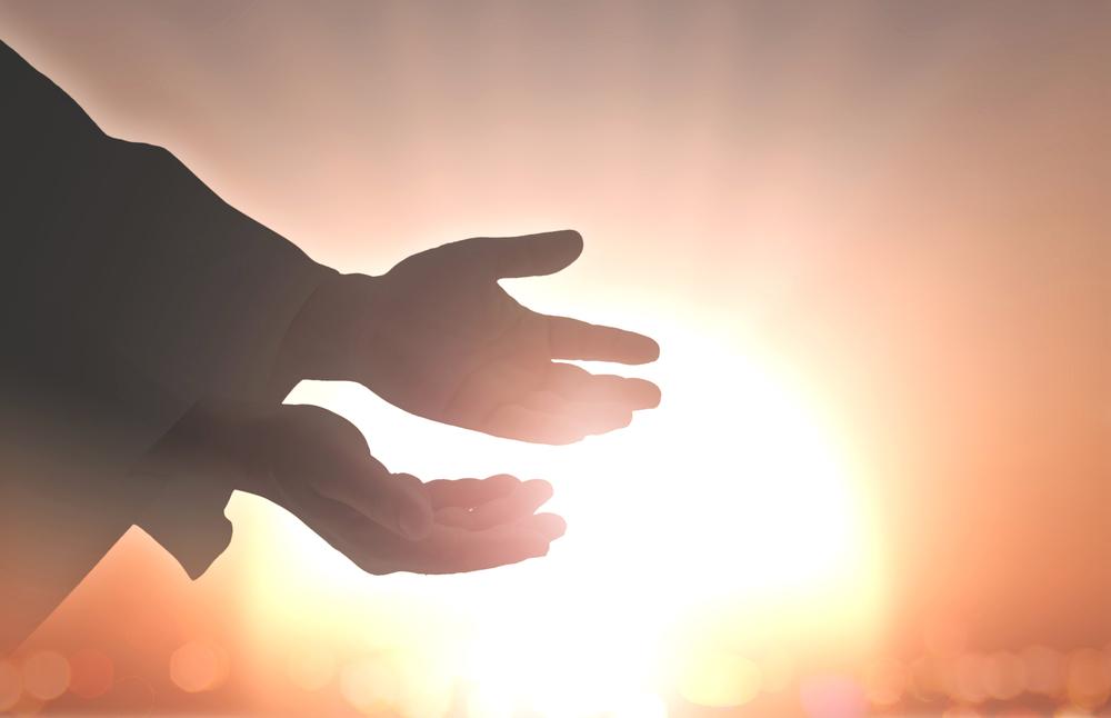 メサイアコンプレックスとは、人を助けずにはいられないような共依存的心理のことです。人を救う立場や、人に教える立場の方に多い場合があります。