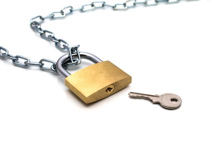 心の掃除をするには親のマイナスな価値観を区別して棄てて整理することが必要!子供の心をゴミ箱にして蓋をして鎖で縛り南京錠で鍵をかけるのです。