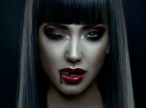 十字架やニンニク嫌いな吸血鬼は実在する!?相手のエネルギーを奪うことで元気になっている。しかも無意識のうちに行っているから本人も自覚がない。