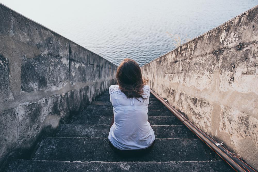 劣等感は本当の自分の成長を応援してくれている。それを放棄するから劣等コンプレックスとなり不健全になっていく。生きづらさや深刻な劣等コンプレックスを克服するにはスキーマ療法がおすすめ。