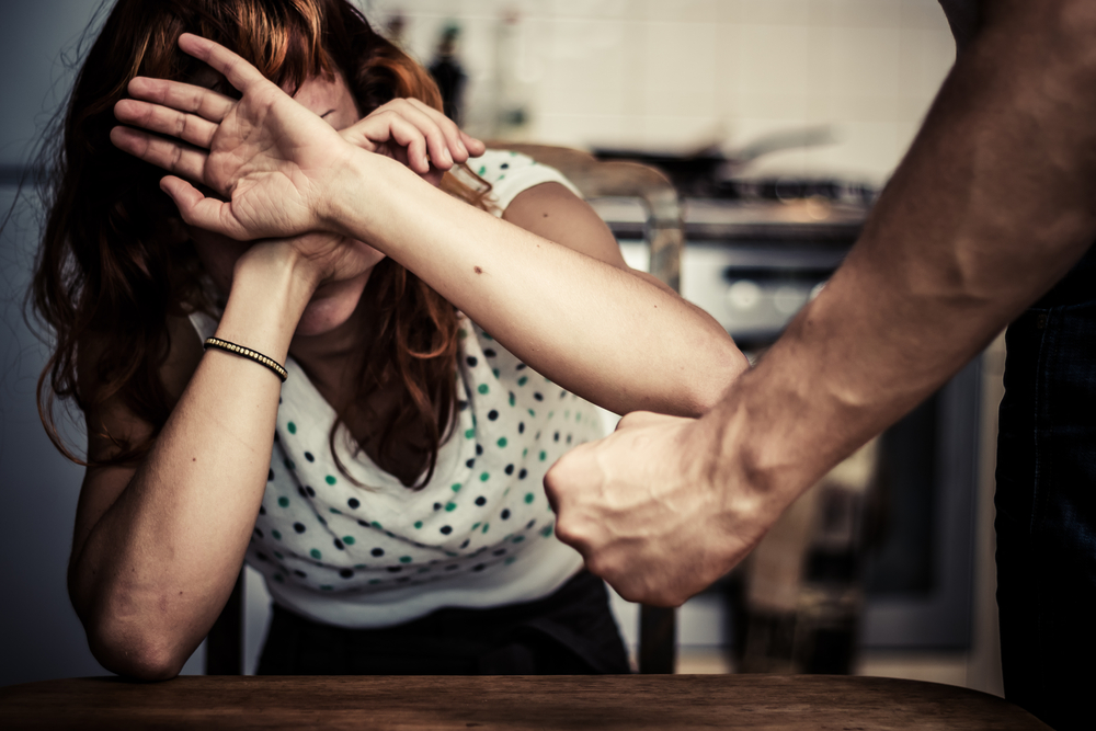 引きこもりの息子の家庭内暴力の相談や施設をお探しなら、自立のために心のがっこうの在宅支援を検討してみてはいかがですか。