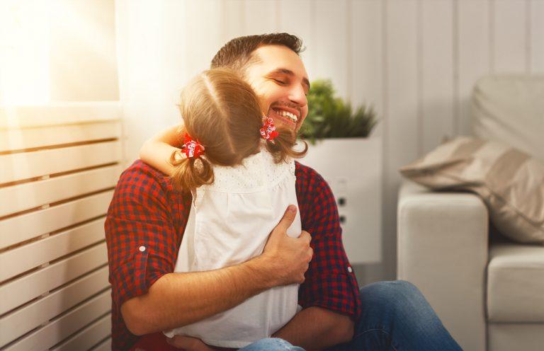 アダルトチルドレンの人が育った機能不全家庭は、「問題解決」が無い、または少ない家庭。その結果、問題が増えていく家庭内で「背負わせられる人」が生まれてしまい、身代わり、犠牲となって崩壊を防いでいます。必要なことは「問題解決」