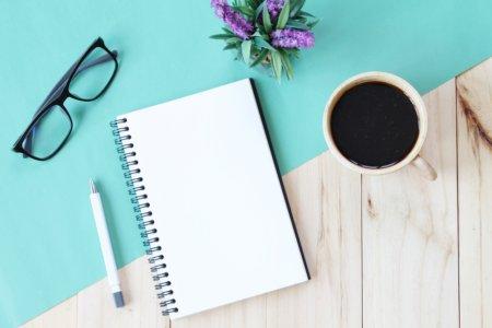 感情的になったら、書き出してみよう!書いているうちに心が落ち着いてきます。