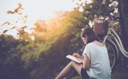 悲しい機能不全家庭で育った人に必要な力の1つが「駆逐する力」です。書くことで精神を強化しよう!