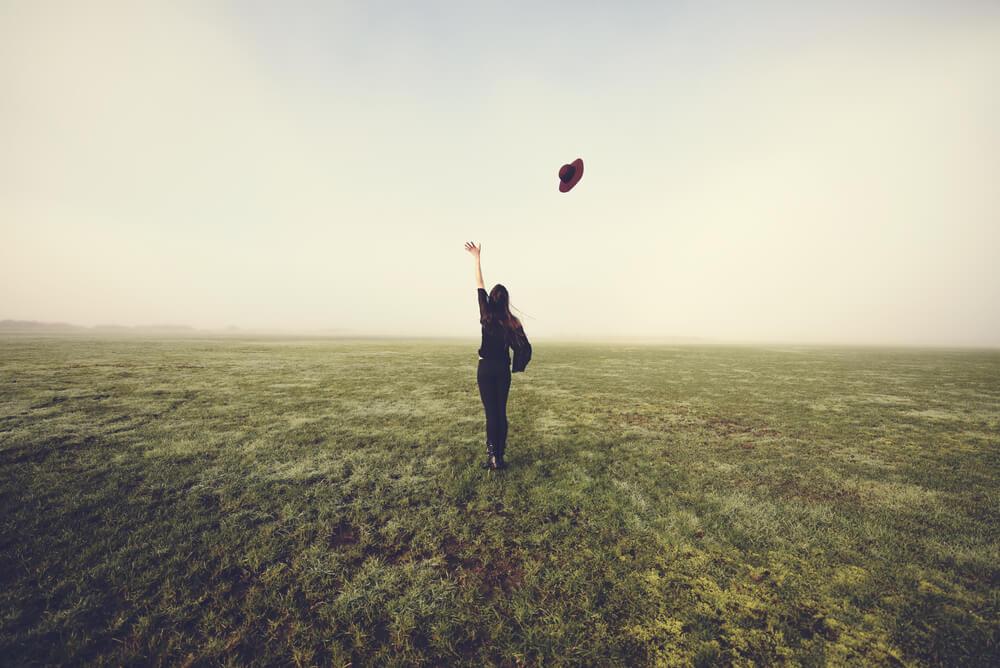 執着を手放す方法を読んでくれた人の心に良い変化が!「心が軽くなり、手元から執着が流れ出ていった感覚になった」とのこと!