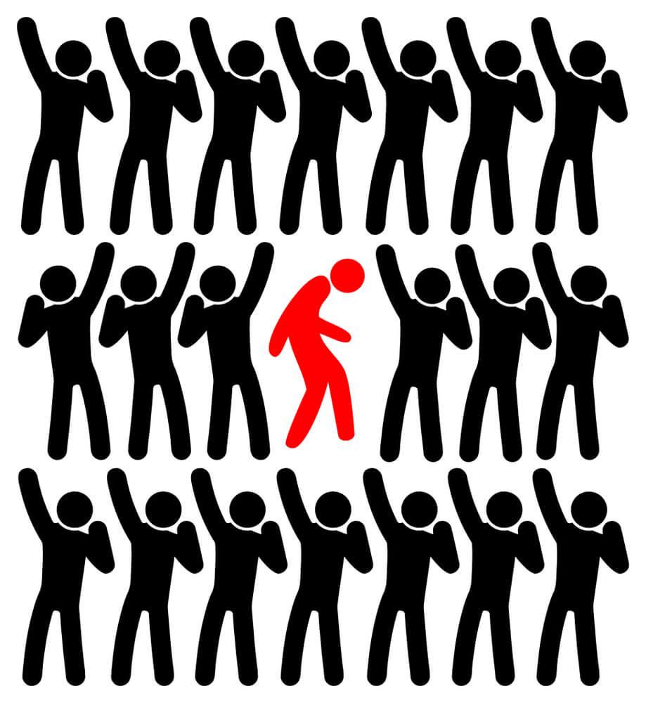 弱者の心と言われるルサンチマンに陥った者たちが群れて、更に弱い者(1人)の中で真っ当な人間(まだ腐っていない、染まっていない人間)を叩いている!染まっていない人間)を守ってあげて下さい。守られることを深く知った人間は、強くなれます。