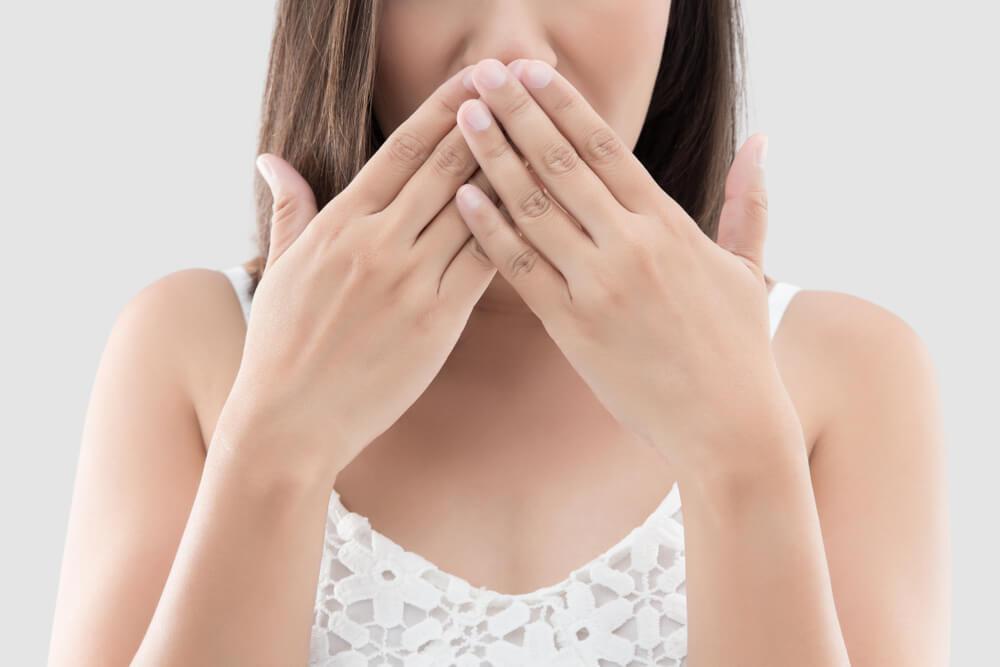 息がくさい!口臭対策なら!臨床実験で証明された6つの天然成分配合のティーツリーマウスケアプラス!スメルハラスメント加害者にならないために潔癖を目指せ!