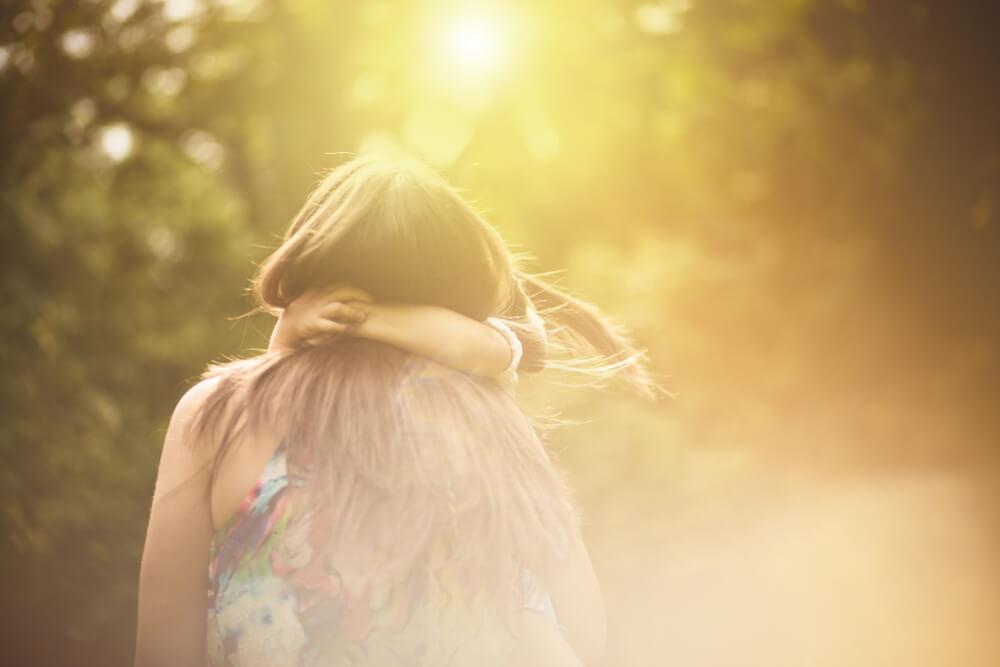機能不全家族の元で育ったとしても、自分次第でプラスに変えることが出来る! 自分の感情、大切にしてください。大切に扱う心が、心の奥の感情を浮上させる手助けになるのです。